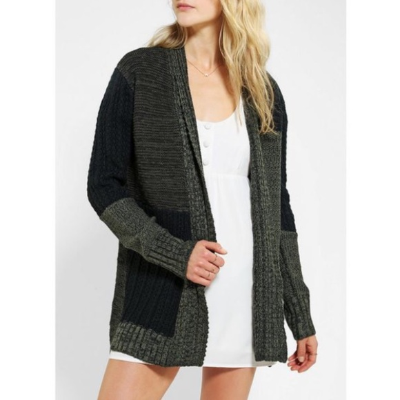Maroon L RRP £58 Urban Outfitters Kimchi Blue Contrast Fabric Back Cardigan
